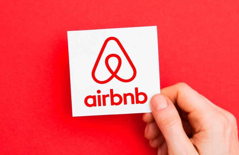 ᐅ Airbnb's New Fee Structure for Professional Hosts – Host Only Fee Model